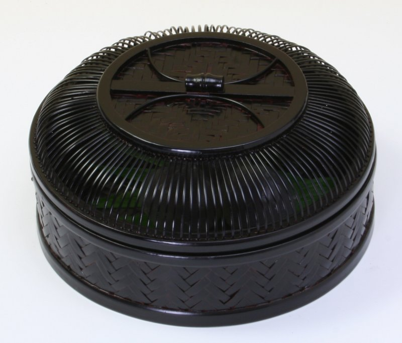 画像1: 竹製「網代菓子器・丸」 *おもてなしの心*